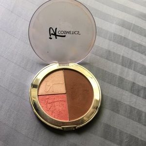 IT cosmetics vitality face disk